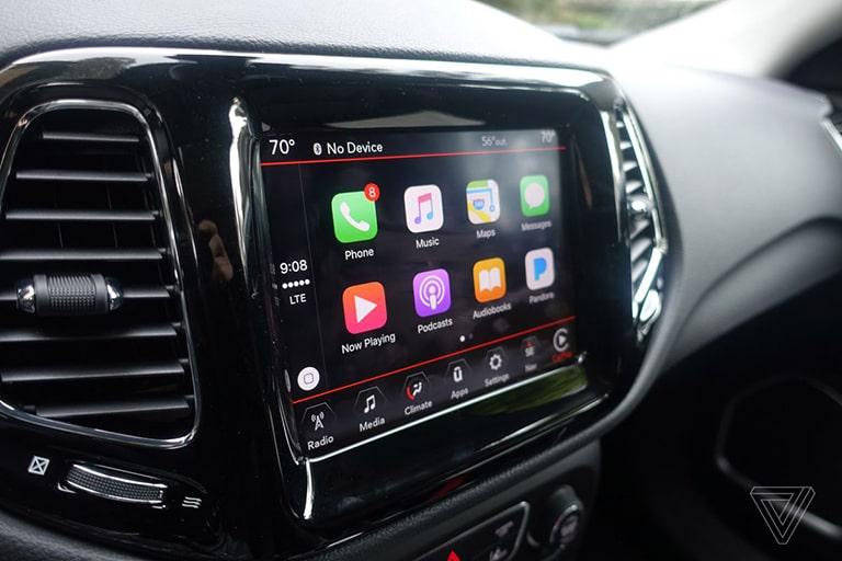 صفحه نمایش خودرو